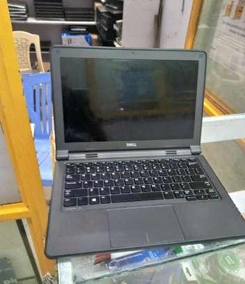 Laptop Dell Latitude 11 3150 4GB Intel Pentium HDD 320GB image 2