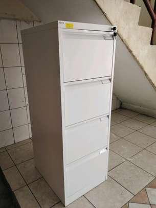 Filing cabinets image 2