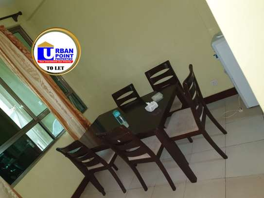 Furnished 3 bedroom apartment for rent in Shanzu image 3