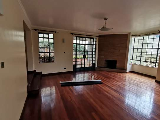 AN OUTSTANDING AND AFFORDABLE THREE STOREY 5 BEDROOM TOWNHOUSE image 6