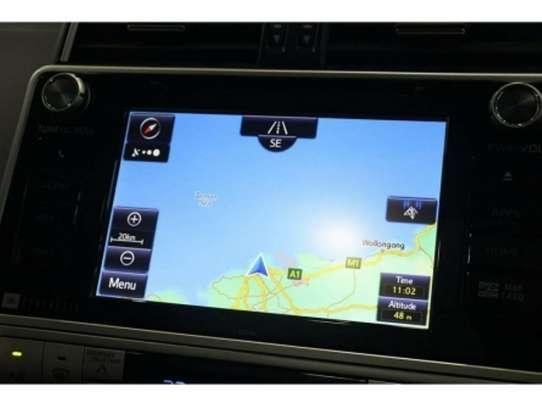 Toyota Land Cruiser Prado image 2