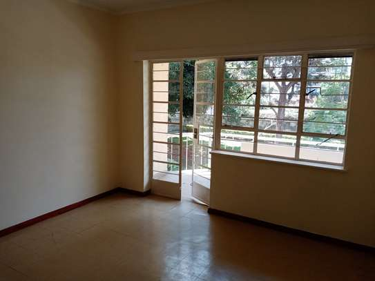 3 bedroom townhouse for rent in Kilimani image 9