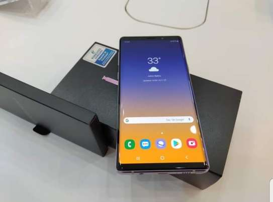 Samsung Note 9 image 1