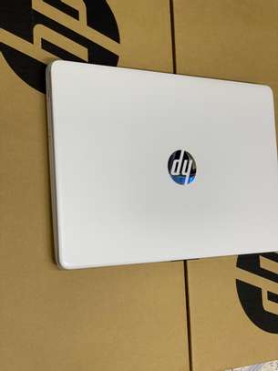 Hp Notebook 14s image 1
