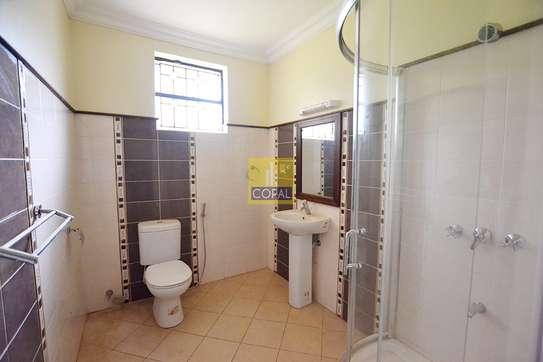 5 bedroom house for sale in Runda image 14