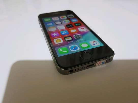 Iphone 5s 16GB image 6