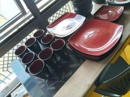 32 Dinnerware Set image 9