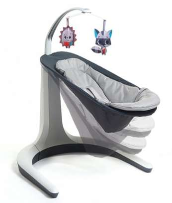 baby bouncer/rocker image 5