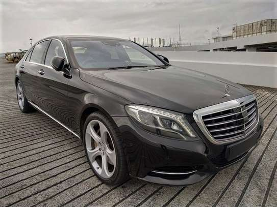 Mercedes Benz - S-Class image 6