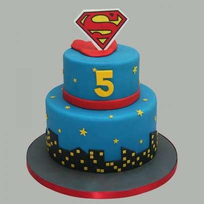 Super man, princess cakes image 1