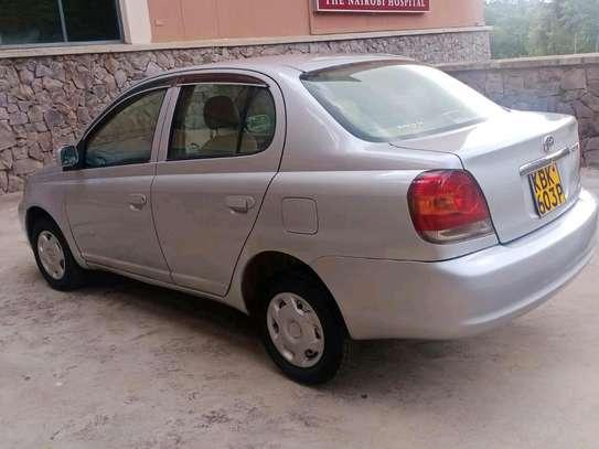 Toyota Platz image 7