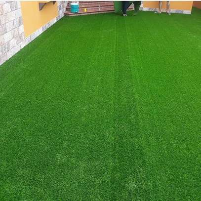 artificial grass carpet to withstand all weather condition image 6