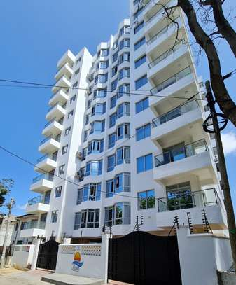 3 bedroom apartment for rent in Tudor image 1