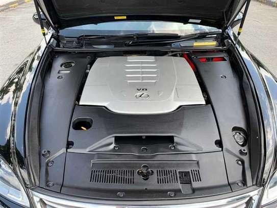 Lexus LS 4.6 V8 image 5