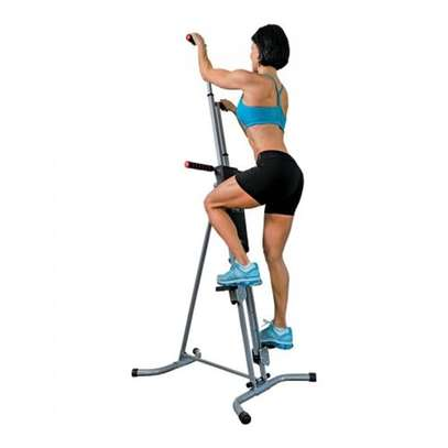 very well This Maxiclimber . image 1