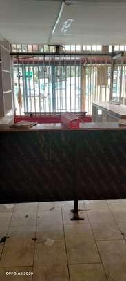 900 ft² shop for rent in Karen image 4
