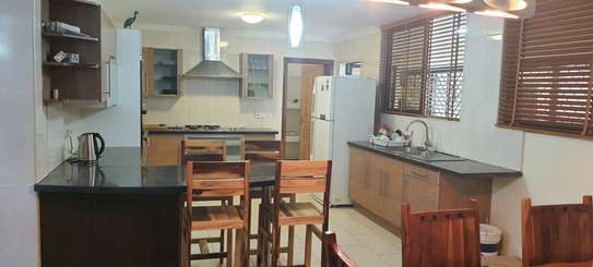 Furnished 3 bedroom apartment for rent in Kileleshwa image 17