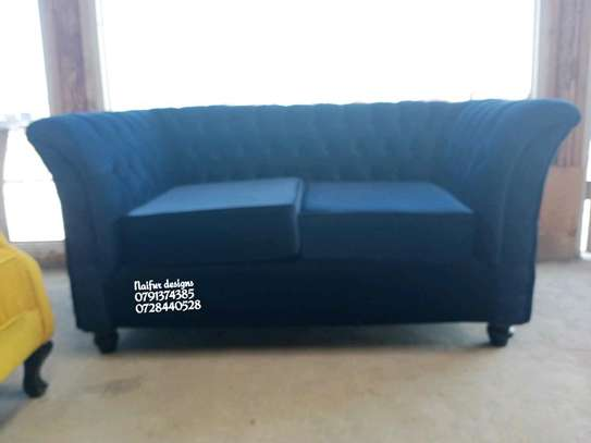 Two seater sofas/chesterfield sofas/blue tufted sofas image 2