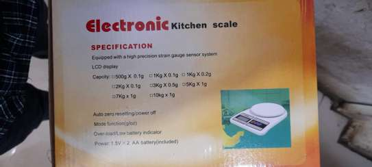 Electronic kitchen scale sf-400 image 2