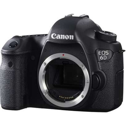 Canon EOS 6D DSLR Camera (Body Only) image 2