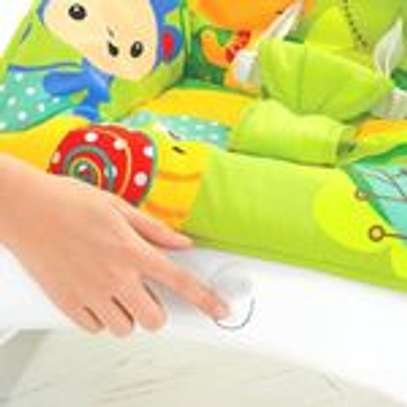 2 IN 1 Portable Rocker Dining Table Newborn to Toddler WITH MUSIC & VIBRATIONS image 2