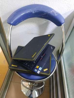 Lenovo ThinkPad X130e - Windows 10 64-bit - 4 GB RAM - 320 GB HDD image 4