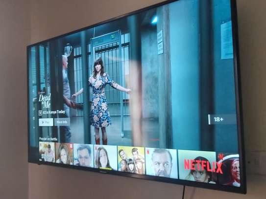 55 Inch Hisense 7Series Smart UHD 4K TV image 2