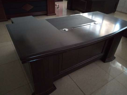 Executive office desk 1.8 meters image 3