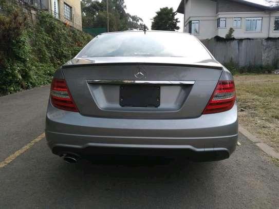 Mercedes-Benz C200 on sale image 4