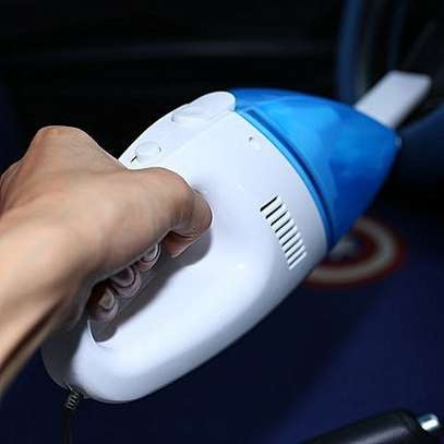 Car Vacuum Cleaner Lightweight Handheld Dust Collector - White And Blue image 1