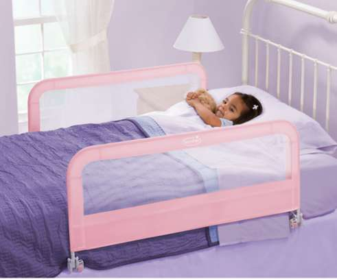 Kids Bed guard/ bed rail image 2