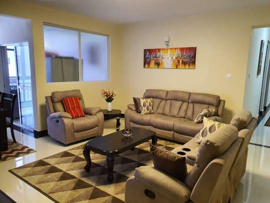 MODERN 3 BEDROOM FURNISHED APARTMENTS