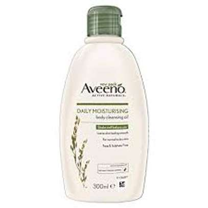 Aveeno Daily Moisturing Body Cleansing Oil 300ml image 2
