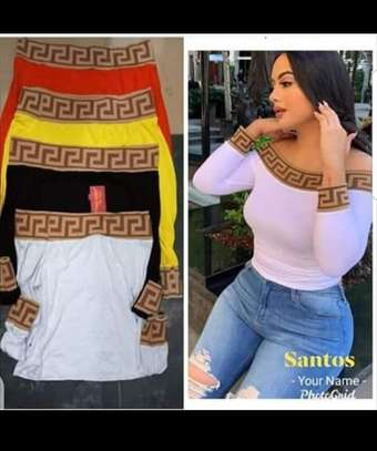 Ladies offsholder tops