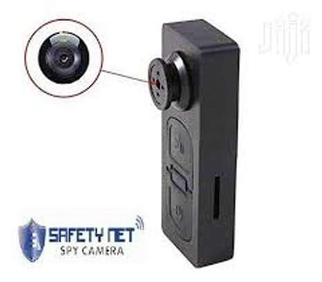 Button camera image 1