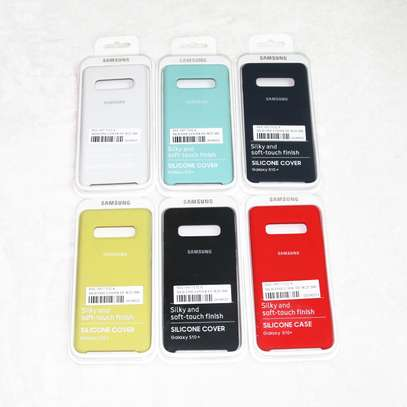 Silicone case with Soft Touch for Samsung S10 S10e S10 Plus image 6