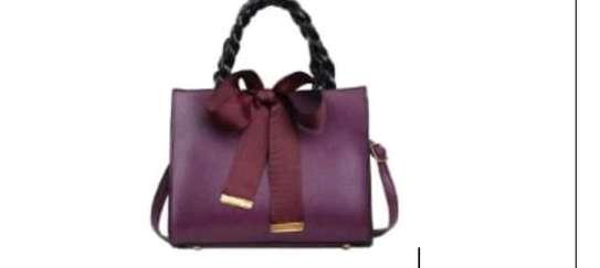 Comfort single handbags image 1