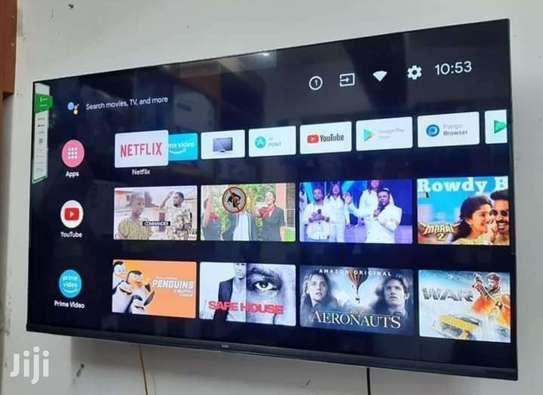 Syinix 43 inch smart Android frameless TV image 1