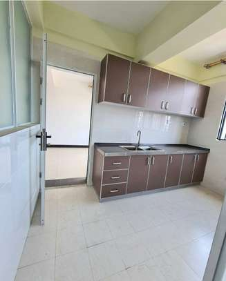 3 bedroom apartment for rent in Kilimani image 2