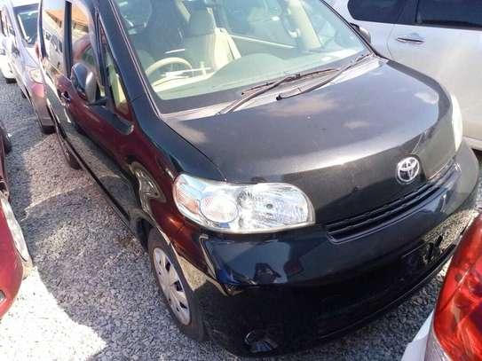 Toyota Porte image 4