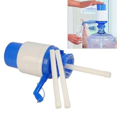 Manual water pump image 1