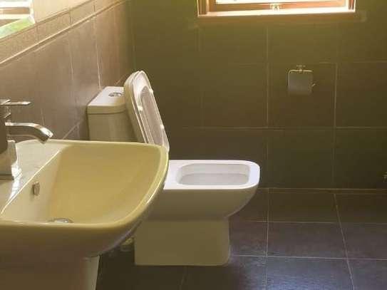 5 bedroom house for rent in Karen image 20
