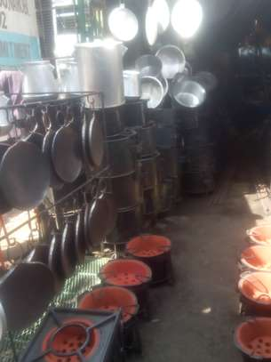 Frying pans for home and commercial use