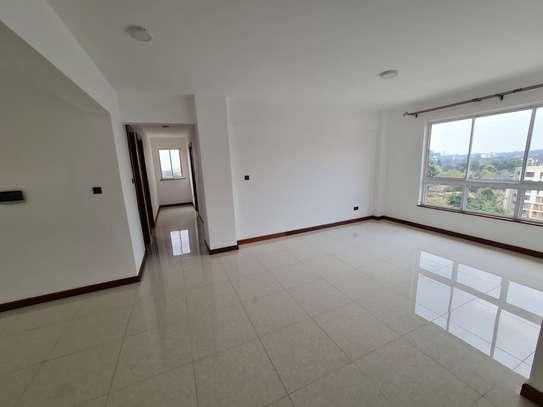 5 bedroom apartment for rent in General Mathenge image 12