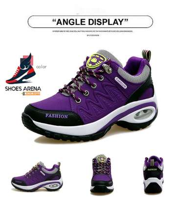 Fashion sneakers image 1