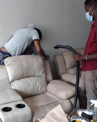 Couches deep cleaning image 4