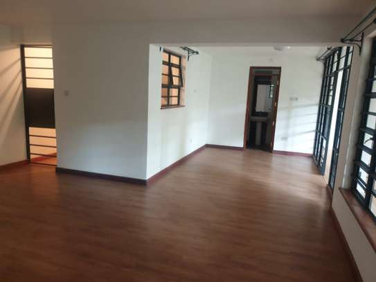 4 bedroom townhouse for rent in Riverside image 15