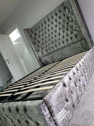 Modern beds/beds image 1