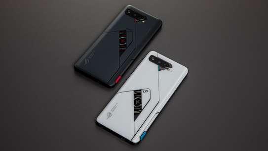 Asus ROG Phone 5 image 3