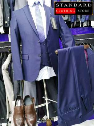 NAVY BLUE EXUCUTIVE 3 PIECE SUIT